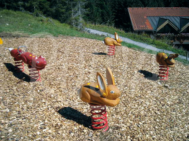 "Federwippe ""Hase"" aus Robinie"