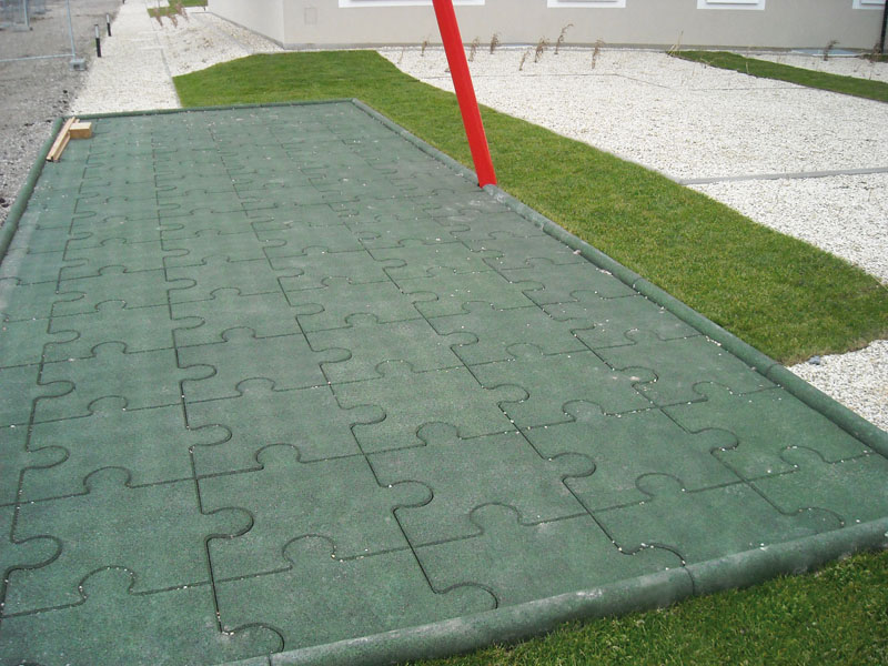 Puzzle-Fallschutzplatten