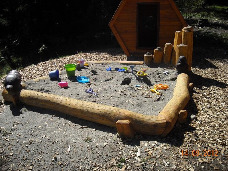 Sandkasten aus Robinie