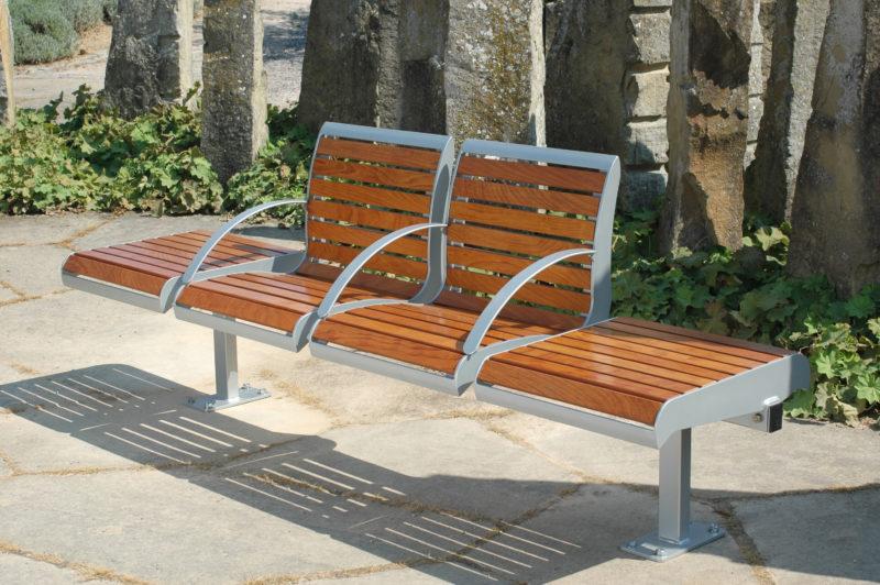Sitzgruppen Type 815 mit Holzbelattung - Bild 2